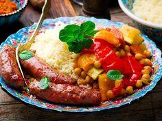 Couscous and Merguez Sausages Merguez Sausage Recipe, Spicy Sausage, Sausage Recipes, Beef Recipes, Cooking Recipes, Japanese Idol, My Favorite Food, Favorite Recipes, Vegetable Couscous