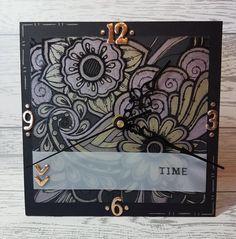 Created by  Erin Fairclough using #SpectrumNoir Colorista Dark & Metallic pencils! #crafterscompanion