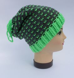 5795d022ad0 This snood-hat is universal accessory-transformer