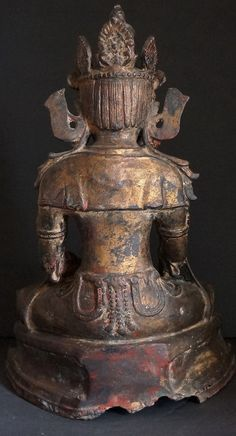 IS THIS LEGIT? by a dealer. The hair of Buddha is always proscribed as being tight curls. Back view Burmese Bronze Mrauk-U Period Buddha Statue 16th - 17th Century
