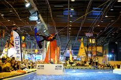 SALON NAUTIQUE PARIS - Jusqu'au 11décembre, le Salon Nautique International de Paris investit la Porte de Versailles. Sports de glisse et de pêche, bateaux à voile ou à moteur, l'industrie du nautique n'aura plus de secrets pour vous.