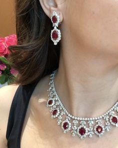 "2,101 Likes, 23 Comments - LUXURY JEWELLERY EVENTS (@luxuryjewelleryevents) on Instagram: ""Jewellery Arabia is happening!!! See @beeprimus at #jewelleryarabia in #Kuwait ❤️ #beeprimus…"""