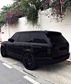 Top 5 Cars in 2019 All Black Range Rover, Range Rover Sport, Range Rover Jeep, Fancy Cars, Cool Cars, My Dream Car, Dream Cars, Range Rover Supercharged, Lux Cars