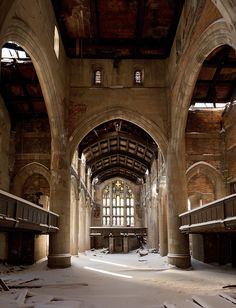 City Methodist Church in Gary, Indiana / David Tribby