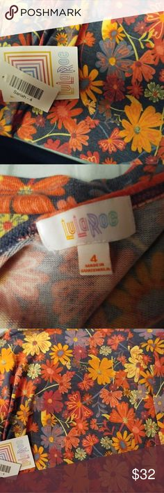 BNWT Lularoe Sariah kid's duster floral cardigan 4 Ridiculously soft size 4 bnwt Lularoe Sariah sweater - the children's version of the Sarah which is a duster length sweater. So pretty and cozy! Please let me know if you have questions. I apologize for my awful photography skills - if you'd like more pictures I'll try again. :) LuLaRoe Shirts & Tops Sweaters