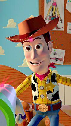 In Toy Story Woody wears a cowboy hut this is a reference to the cowboy hat Woody wears in Toy Story Disney Pixar, Disney Toys, Disney Cartoons, Disney Art, Walt Disney, Toy Story 1995, Toy Story Movie, New Toy Story, Disney Movie Scenes