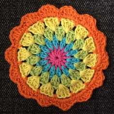 Colorful coasters to Easter  | Crochet Millan