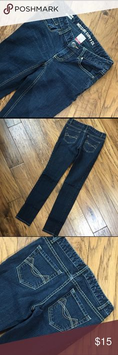 810e976eb5eae Mossimo Skinny Jeans Great stretch skinny jeans with a dark wash. Approx  inseam and waist. Bundle with other items for better deals 🤗 Mossimo  Supply Co.
