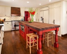 serious love............Kitchen Black And White And Red Design, Pictures, Remodel, Decor and Ideas - page 26