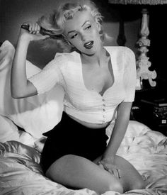 Marilyn - Proof that thousands of men can still love you, even if your thighs touch. <3