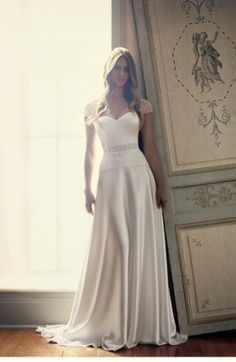 Charmed #wedding #dress Suzanne Neville 2014 collection