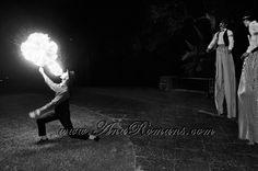 #lanzallamas #escupefuego #fuego #Circo #Años20 en #palaciosanssouci #wedding cocktail #contenidosartisticos producido por www.anaromans.com #creativeevents