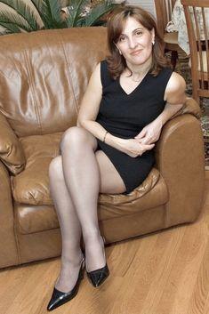 older women pantyhose