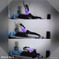 ✴️ Swan Dive etkili bir sırt ekstansiyon egzersizidir.  Sırt, #karın, #kalça, üst bacak arkası ve bacak içi kasları çalıştırır.   ✴️ #SwanDive is a strong #back #extension #exercise. It works the back, #abdominals, #glutes, #hamstrings, and inner #thighs.  #pilates #reformer #pilatesreformer #swan #dive #swandive #pilateslovers #pilatesistanbul #pilatesturkey