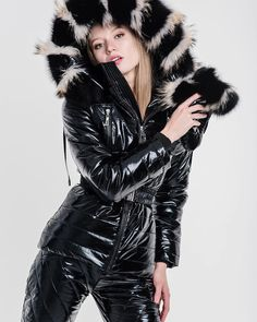 Puffer Jackets, Winter Jackets, Down Suit, Russian Winter, Winter Suit, Fashion Beauty, Womens Fashion, Fur Collars, Fur Coat