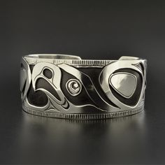 Northwest Coast Overlay Eagle Cuff Bracelet Sterling Silver Native American Jewelry - Another! Bracelets En Argent Sterling, Sterling Silver Jewelry, American Indian Jewelry, Silver Cuff, Silver Earrings, Silver Ring, Ring Verlobung, First Nations, Turquoise Jewelry