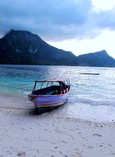 Ora Beach, north Seram