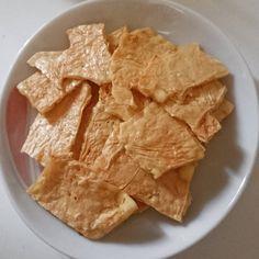 今SNSで話題の豆腐チップス