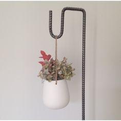 Vase à suspendre en porcelaine - Le Repère des Belettes