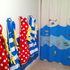 Incroyable I FINALLY Finished The Girls Dr. Seuss Bathroom :)