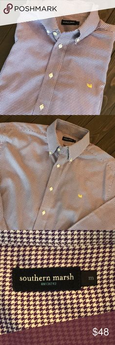 Southern marsh men's size medium purple and white In great condition southern marsh hounds tooth purple and white size medium button up shirt no obvious signs of wear looks to be in good condition Southern marsh Shirts Casual Button Down Shirts