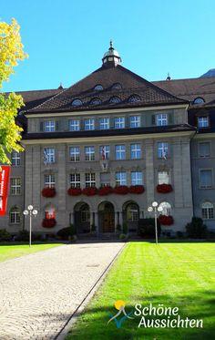 Chur -  die älteste Stadt der Schweiz.  Der Verwaltungssitz der Rhätischen Bahn AG