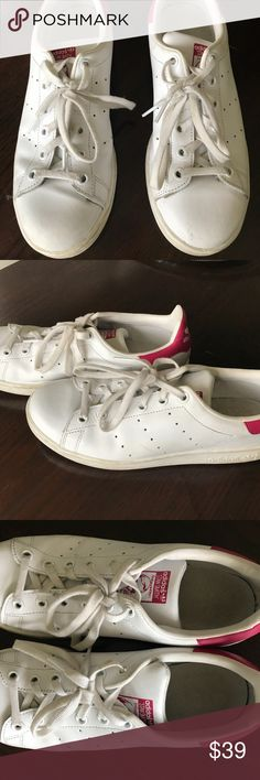 Adidas Stan Smith White/Pink Classic Sneakers 6Y Adidas Stan Smith White Bold Pink Lace Up Classic Sneaker Size 6 Youth, Women's size 7 Very Good/Good condition a little dirt from wear, can be cleaned adidas Shoes Sneakers