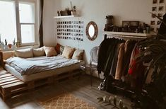 47 Smart Diy Dorm Room Decoration Ideas – We seek happiness My Room, Dorm Room, Aesthetic Room Decor, Dream Rooms, House Rooms, Room Inspiration, Bedroom Decor, Decoration, Hipster Apartment