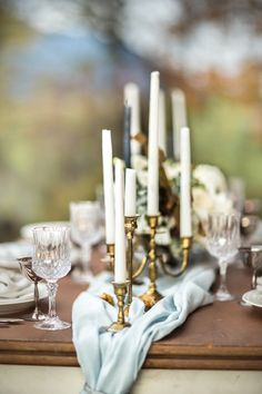 Blue and Gold Literature Inspired Wedding | Maru Photo