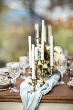 blue & gold wedding tablescape