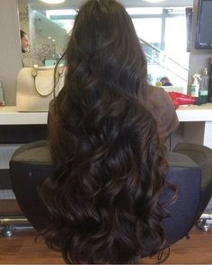 Beautiful Long Shiny Hair More 8 1 Curly Hair Cuts, Wavy Hair, Her Hair, Curly Hair Styles, Natural Hair Styles, Frizzy Hair, Hair Afro, World Hair, Really Long Hair