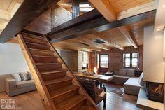 casa-cherubin-fiorentini-soggiorno-scala