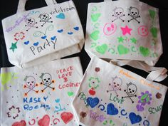 Decorate Canvas Tote Bags With Fabric Markers 20c178b6085d