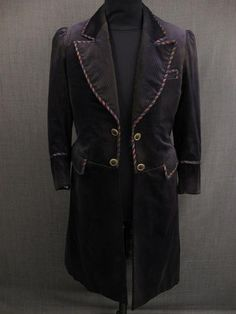 Claim is that this is an 1870-80s coat.  However, it is suspect until I see museum documentation.
