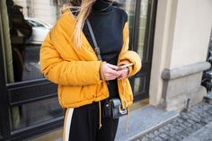 mustard-puffer-outfit-street-style