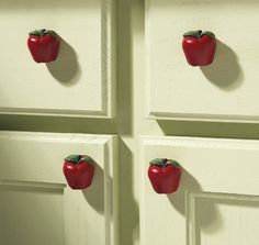 23 Ideas For Kitchen Decor Red Apple Decorations Apple Kitchen Decor, Kitchen Decor Themes, Kitchen Colors, Home Decor, Apple Decorations For Kitchen, Kitchen Tips, Kitchen Ideas, Kitchen Drawer Pulls, Kitchen Cabinet Knobs