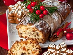 Traditional Homemade Stollen Dried Fruits Nuts Stock Photo (Edit Now) 496372519 Christmas Goodies, Christmas Desserts, Christmas Baking, Mini Desserts, Cake Cookies, Cupcake Cakes, Travel Cake, Salsa Picante, Christmas Coffee