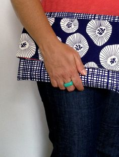 Simple clutch | With this easy tutorial you can whip up a simple but stylish clutch purse in less than an hour. There are no fussy zips and no scary techniques - just simple straight...