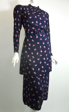 #30s #vintage dress   crepe rayon dress with all over print of top hats