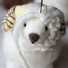 felted wool crafts Tutorial with very detailed instructions on how to make needle felted sheep, Ramie. Ramie has a beautiful thick wool coat, big brown nose and rosy cheeks. Wool Needle Felting, Needle Felting Tutorials, Needle Felted Animals, Nuno Felting, Felted Wool Crafts, Felt Crafts, Felt Toys, Felt Art, Felt Ornaments