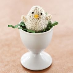 A chick contemplates evolution, plus a link to the free knitting pattern. #craftgawker