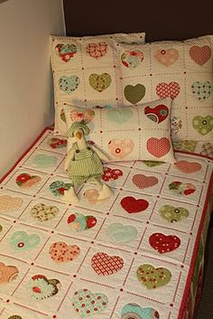 """""""TELA MARINERA"""", patchwork ...: Coixins Patch Quilt, Applique Quilts, Quilt Blocks, Diy Craft Projects, Sewing Projects, Foto Quilts, Quilt As You Go, Tips & Tricks, Star Quilts"""