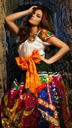 Ximena Navarrete, miss universe Mexico's Queen. Photos of beautiful girls - on the beach, outdoors, in cars. Only real girls. Mexican Costume, Mexican Outfit, Mexican Dresses, Mexican Party, Mexican Style, Traditional Mexican Dress, Traditional Dresses, Mexican Heritage, Mexican Fashion