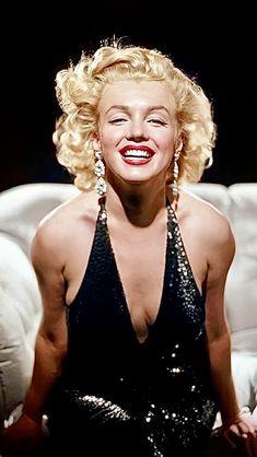 Marilyn Monroe Artwork, Rare Marilyn Monroe, Marilyn Monroe Portrait, Old Hollywood Glamour, Vintage Hollywood, Norma Jeane, Vintage Beauty, Beautiful Celebrities, Lady