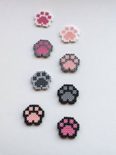 Dog Paws Cat Paw Magnet Donation for Animals Pixel art 8 bit bit magnet . - Dog Paw Cat Paw Magnet Donation for Animals Pixel Art 8 Bit Magnet Animal Paw Magnet Hama Pearl Paw - Perler Bead Designs, Easy Perler Bead Patterns, Melty Bead Patterns, Perler Bead Templates, Hama Beads Design, Diy Perler Beads, Perler Bead Art, Pearler Beads, Fuse Beads