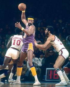 Homage: On this day in 1972, Los Angeles Lakers center Wilt Chamberlain became the first NBA player to score 30,000 career points.