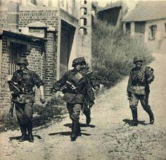 "historywars: ""Waffen SS """