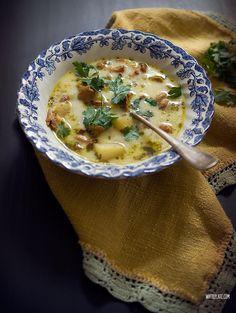 Zupa kurkowa z ziemniakami i śmietaną | White Plate