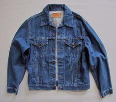 Levi's Denim Trucker Jacket size 40 R VTG 80s Redtab Medium Blue Jean USA 70506  #Levis #JeanJacket