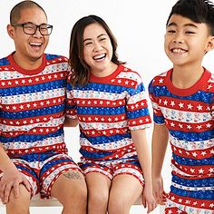 Family Matching PJs Snoopy Stars and Stripes Family Matching Pjs, Family Pjs, Matching Christmas Pajamas, Holiday Pajamas, Cute Family, Boyfriend Sleeping, Mother Daughter Matching Outfits, Summer Christmas, Striped Pyjamas